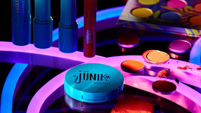 Colour Junika